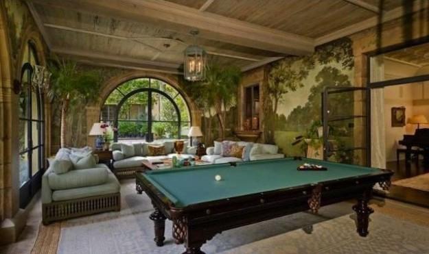 il-biliardo-nella-sala-giochi-della-villa « Architettura Blog ...
